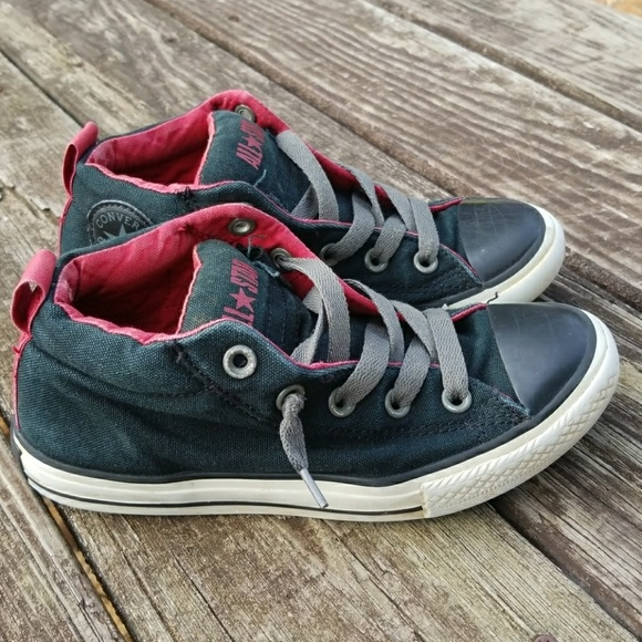 Boys Converse Shoes Size youth 3 a2caa851a